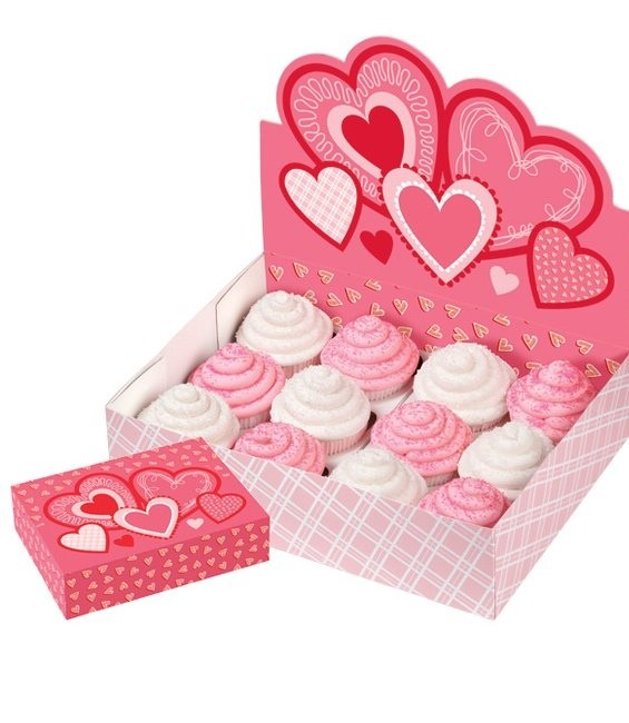 Cupcake Display Heart