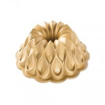 Nordic Ware Backform Crown Bundt Pan